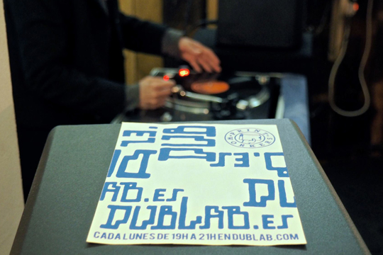 Presentación dublab Barcelona - Cartel