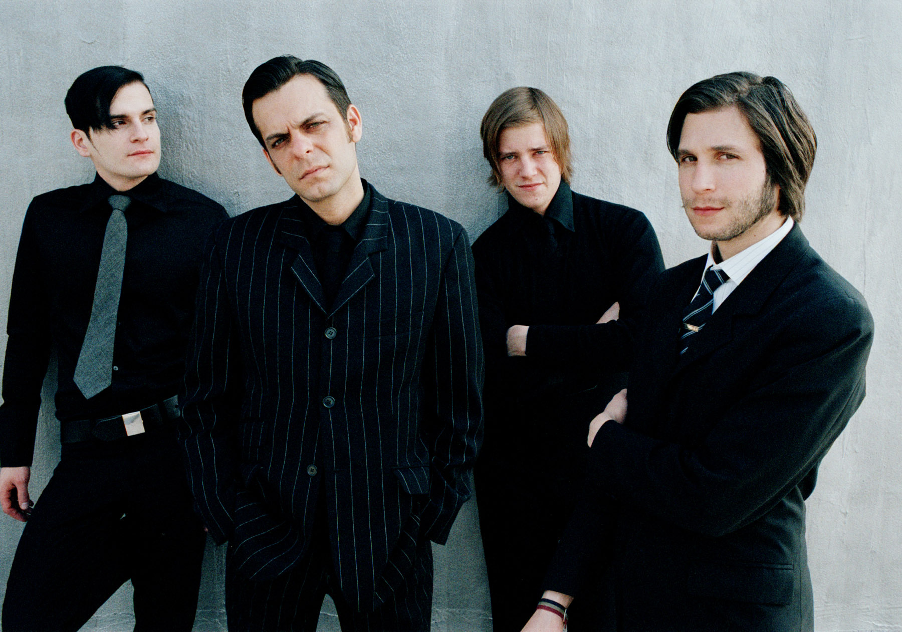 4-interpol_matador_records4