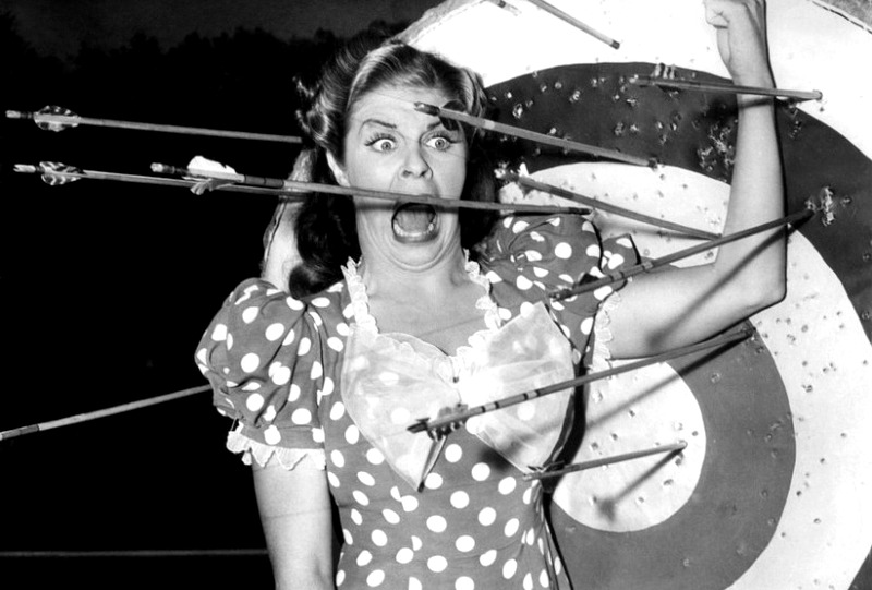 Martha-Raye-Hellzapoppin-1941-001