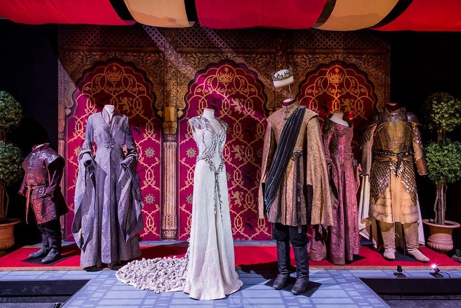 2-game-of-thrones-the-touring-exhibition-pactar-con-la-ficcion-desde-los-decorados-de-la-serie