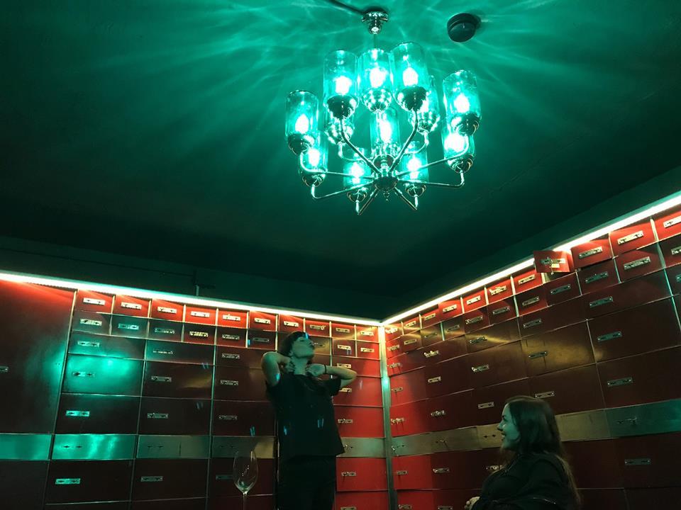 Take a chance 5 le cool barcelona - Casa del libro barcelona passeig de gracia ...