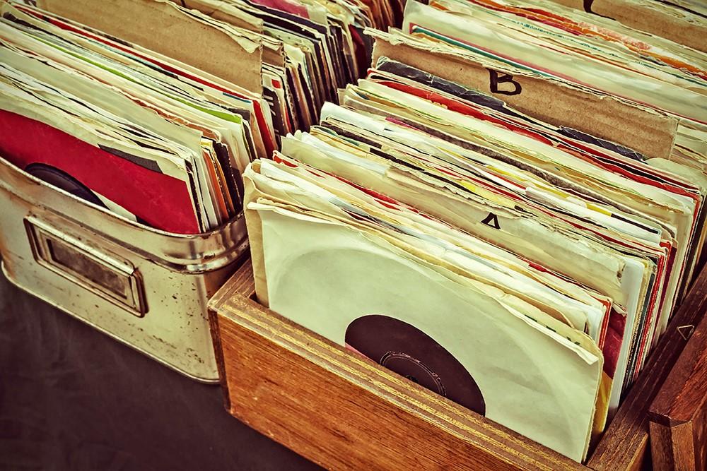 discos-vinilo-tienda-vintage-parís-pat-guias-viaje-gratis
