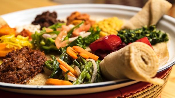 taitu-sabors-d-etiopia-plato-882b6